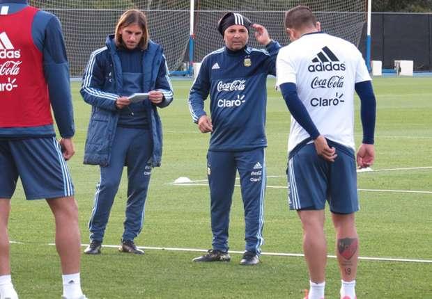 مفاجأة .. مدرب الأرجنتين يلمح لإمكانية عدم استدعاء ديبالا وإيكاردي لكأس العالم