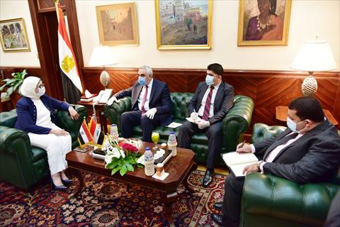 وزيرة الصحة مع نظيرها العراقي