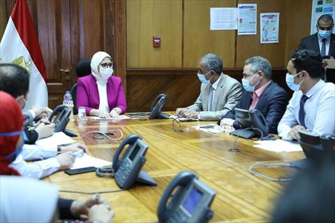 وزيرة الصحة خلال ترأسها غرفة الأزمات