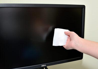 تنظيف شاشة التليفزيون